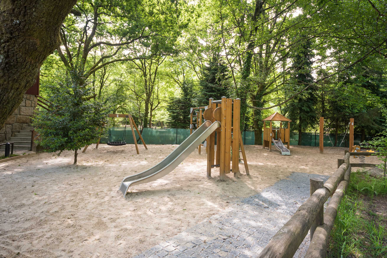 Escorrega Parque Cerdeira